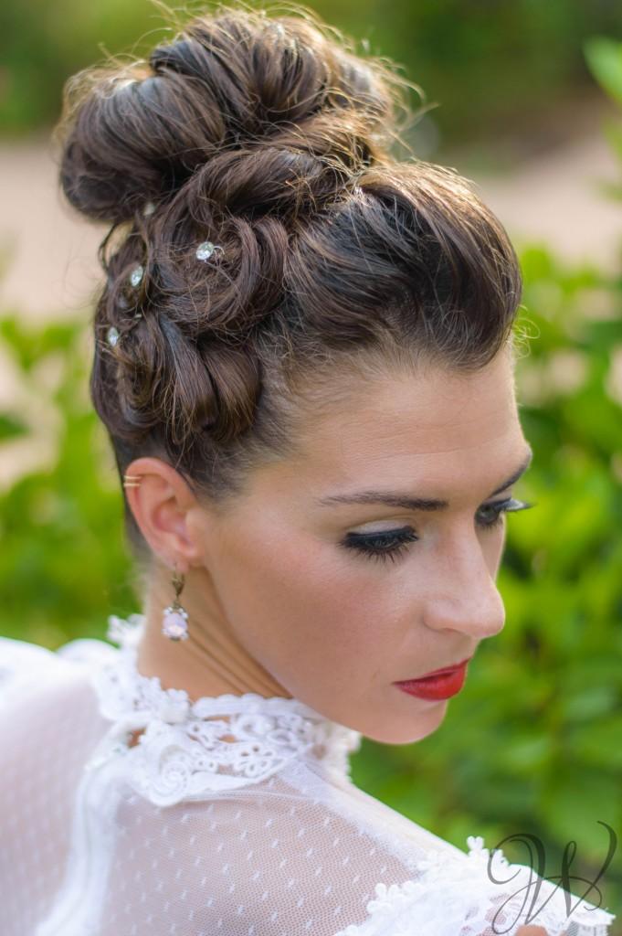 vintage bride hair